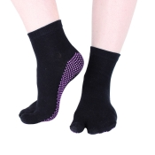 "Hoopomania ""One Toe"" anti-slip yoga socks with rubber studs, black, size: M"